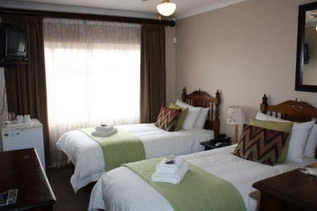 Sontyger Guest House is located in the northern suburbs of Cape Town.