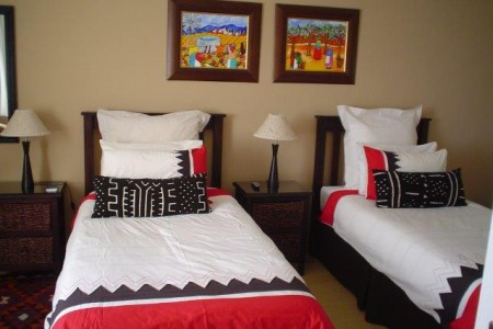Lotz of Joy Guest House is a lovely guest house on a secure property, in the affluent neighbourhood of Panorama.