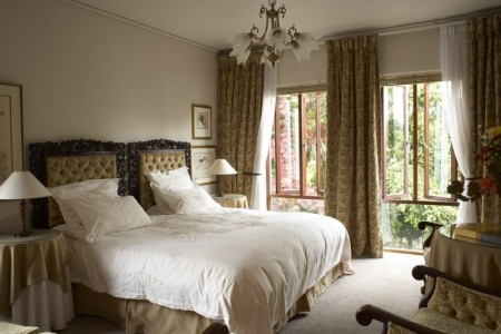 Welgemoed Manor is a five bedroom guest house situated in the northern suburbs of Cape Town.