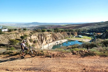 Hillcrest Farm's MTB track winds through the vineyards and olives growths of the Tygerberg Hills.