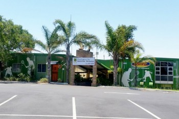 Durbanville Squash Club is one of the largest clubs in the Western Cape and hosts the Masters squash league.