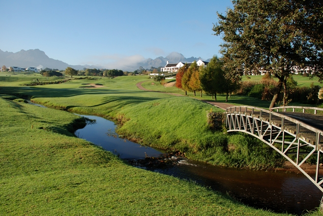 winelands-golf-lodge-1313503742