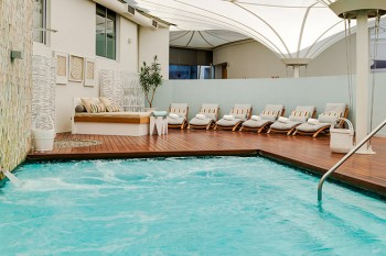 Amani Spa is situated in The Radisson Blu Hotel at the V&A Waterfront.