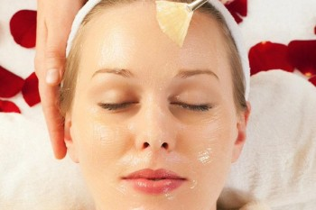 GojiSpa offers a wide range of treatments and salon services at their spa and organic hair salon.