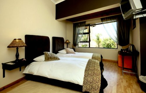 7 On Kloof - Guest House, Conference and Self Catering in Plattekloof - 12
