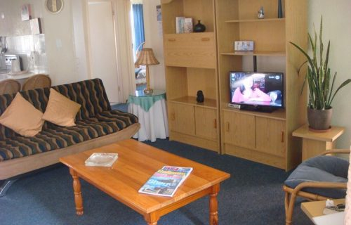 Amies Self Catering Apartments - Self Catering in Panorama - 8