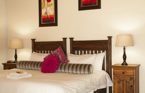 Balmoral Lodge - Conference and Self Catering in Bellville - 4