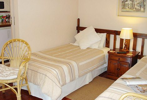 Cape Country Cottage Guest House - Guest House, Conference and Self Catering in Durbanville - 1