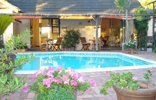 Cape Country Cottage Guest House - Guest House, Conference and Self Catering in Durbanville - 6