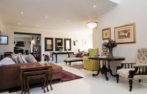 Cape Pillars Boutique Hotel - Guest House, Conference, Hotel and Self Catering in Durbanville - 1