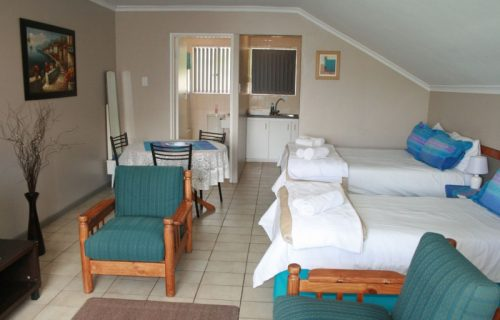 Clouds - Guest House and Self Catering in Durbanville