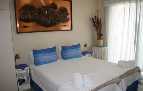 Clouds - Guest House and Self Catering in Durbanville - 1