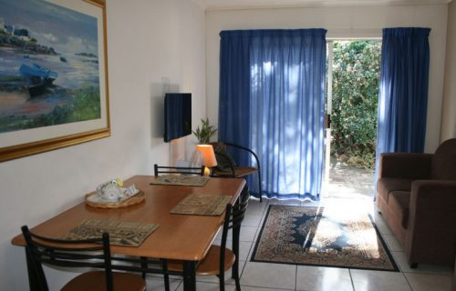 Clouds - Guest House and Self Catering in Durbanville - 4