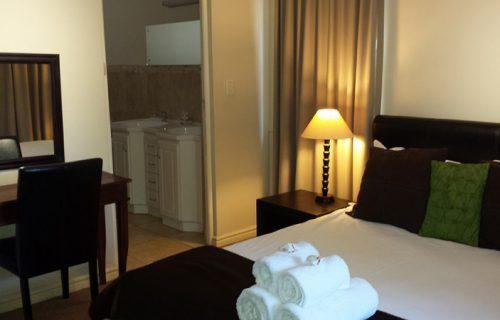 Dagbreek Self Catering Apartments - Self Catering in Durbanville - 6