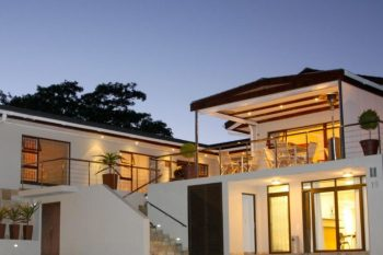 Four Palms Accommodation - Guest House and Conference in Durbanville