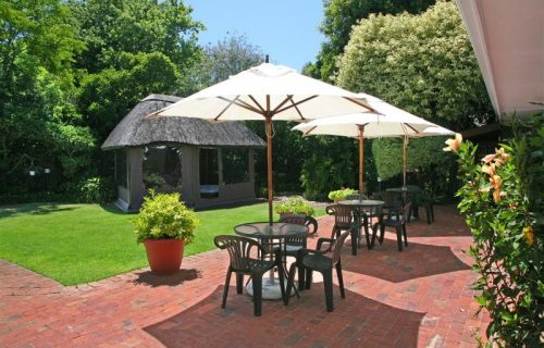 Highlands Lodge - Guest House and Conference in Durbanville