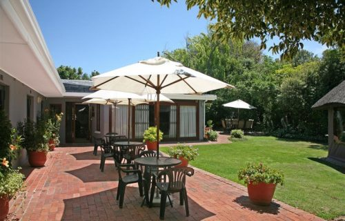 Highlands Lodge - Guest House and Conference in Durbanville - 1