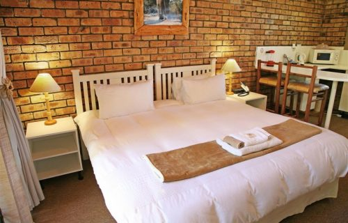 Highlands Lodge - Guest House and Conference in Durbanville - 8