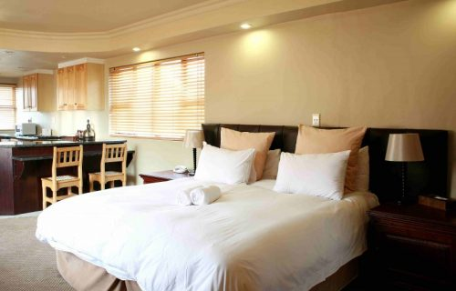 Ruslamere - Guest House, Conference, Hotel, Self Catering, Weddings in Durbanville - 1