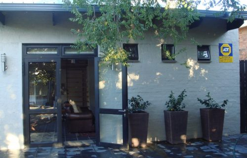 SES on Muller - Self Catering in Bellville