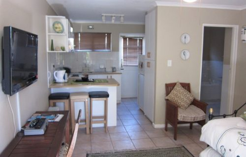 Smithland Guest Apartments - Self Catering in Parow