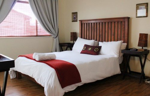 Smithland Guest Apartments - Self Catering in Parow - 1