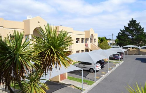 Smithland Guest Apartments - Self Catering in Parow - 8