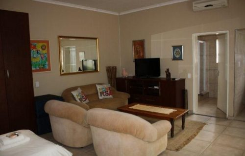 Sontyger - Guest House, Bed and Breakfast and Self Catering in Bellville - 7