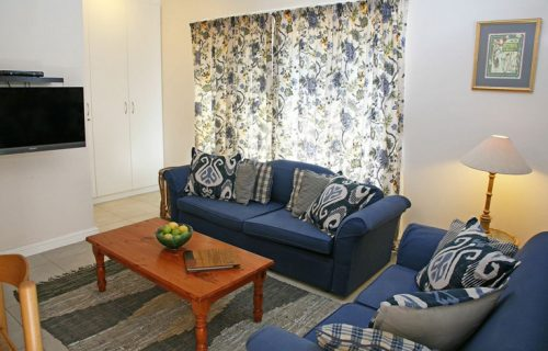 Taylors Place - Self Catering in Durbanville - 7