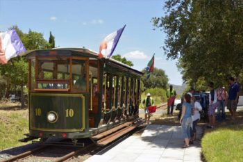 Franschhoek Wine Tram - Wine Tastings in Cape Town